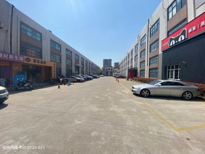闵行梅陇春申路一楼仓库100平200平300平租精装修办公130平起