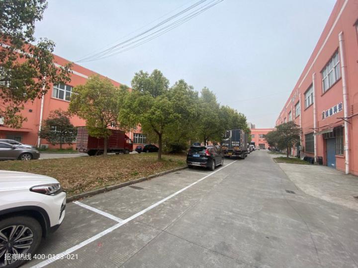 闵行颛桥大房东104地块,一楼剩500平方,二楼1000平方可分三家