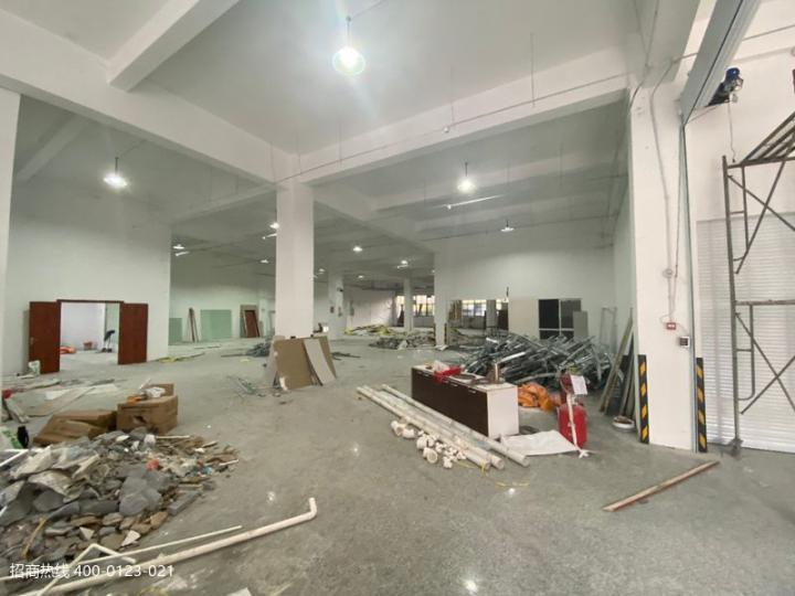 闵行吴泾大房东104地块新空一楼1500平方厂房仓库可分租,二楼剩800平方